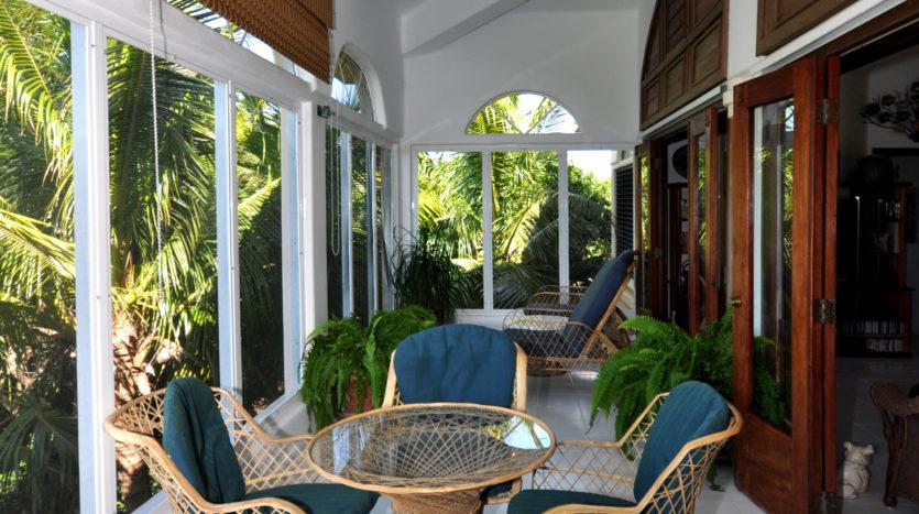 Property_v2/8-seaside-veranda-835x467.jpg